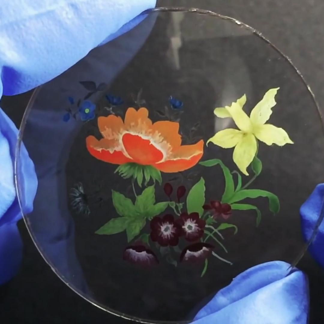 peinture berlac sous verre cadran de montre pour haute horlogerie - Manufacto